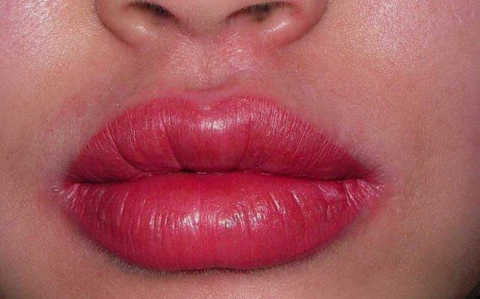 Перманентный макияж губ – сложная косметическая процедура. Узнай