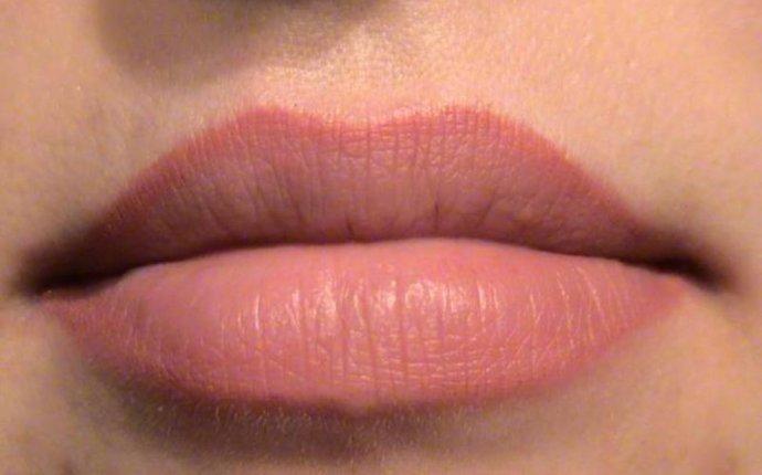 Перманентный татуаж губ: виды, особенности ухода за макияжем