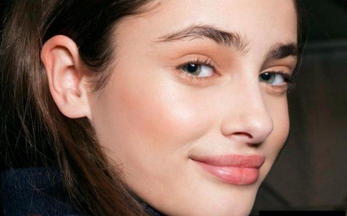 Стоит ли делать перманентный макияж бровей?