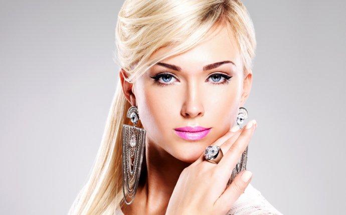 Татуаж бровей для блондинок и брюнеток: какой цвет выбрать + фото